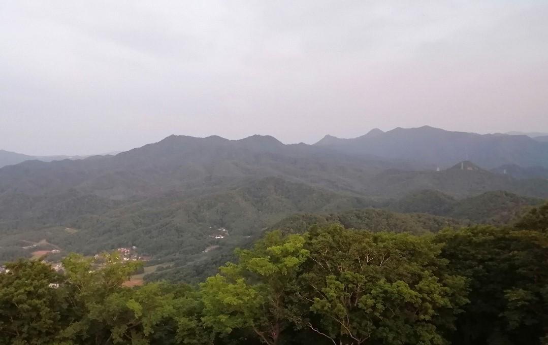 藻岩山から砥石山、神威岳方面